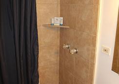 卡維棕櫚酒店 - 利胡埃 - 浴室