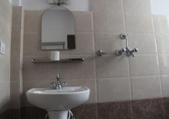 夢幻城酒店 - 加德滿都 - 浴室