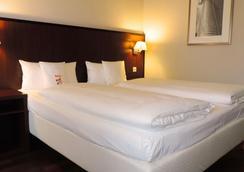 法蘭克福PLUS汽車旅館 - 法蘭克福 - 臥室