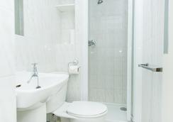 牛津酒店 - 倫敦 - 浴室