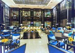 皇家天堂酒店與溫泉中心 - 巴東 - 大廳