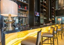 皇家天堂酒店與溫泉中心 - 巴東 - 酒吧