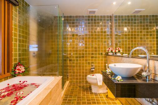 皇家天堂飯店與溫泉中心 - 芭東海灘 - 浴室