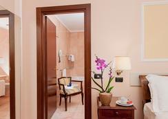 安巴夏特利宮酒店 - 羅馬 - 浴室
