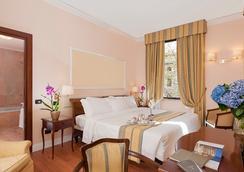 安巴夏特利宮酒店 - 羅馬 - 臥室