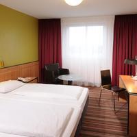 Leonardo Hotel Köln Guest room