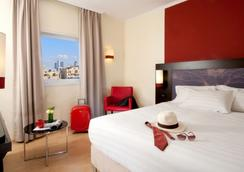 特拉維夫萊昂納多海濱酒店 - 特拉維夫 - 臥室