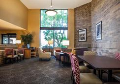 Comfort Inn Arlington Heights - Ohare - 阿靈頓高地 - 休閒室