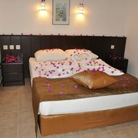 Kleopatra Celine Hotel Guestroom