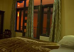 甘達蒙娜斯特里酒店 - 瓦拉納西 - 臥室