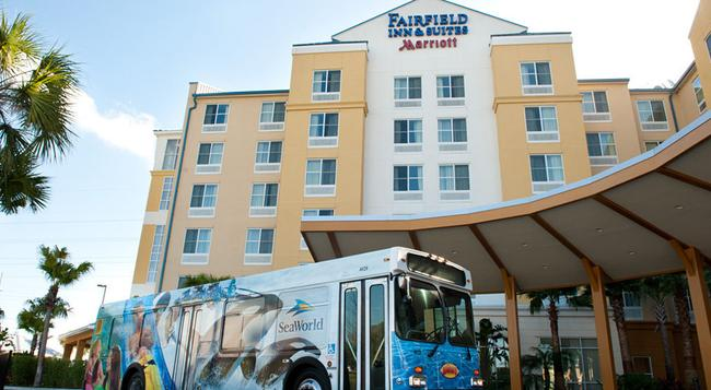 Fairfield Inn and Suites by Marriott Orlando at SeaWorld - 奧蘭多 - 建築