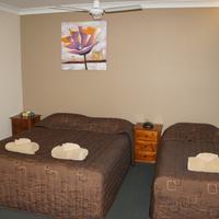 Green Gables Motel Standard family room