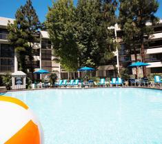 阿納海姆豪生國際酒店和水上樂園