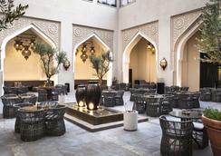 阿爾梅茲市區酒店 - 杜拜 - 餐廳