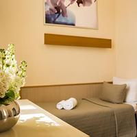 Hotel Comet am Kurfürstendamm Guestroom