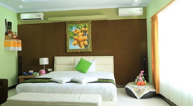 Reddoorz @ Kartika Plaza 2 - 登巴薩 - 臥室
