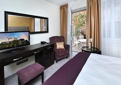 阿普蘭德佩魯賈城市酒店 - Bratislava - 臥室