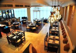 奇姆肯特帆布酒店 - 希姆肯特 - 餐廳
