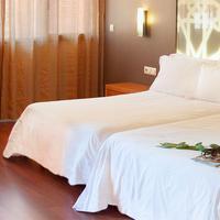 Hotel Granada Palace Guestroom
