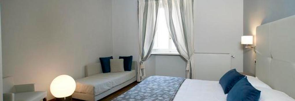 Hotel Charleston - 斯波萊托 - 臥室