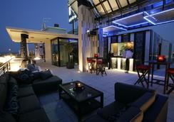 薩拉戈薩瑞市酒店及水療中心 - 薩拉戈薩 - 酒吧