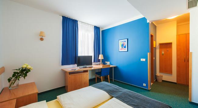 M Hotel Ljubljana - 盧布爾雅那 - 臥室