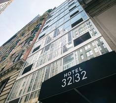 32 32酒店