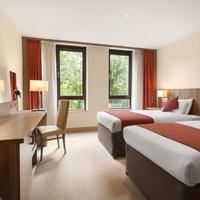 Ramada Hounslow - Heathrow East 2 Twin Bed Room