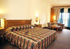 伊斯蘭堡皇冠假日酒店 - Islamabad - 臥室