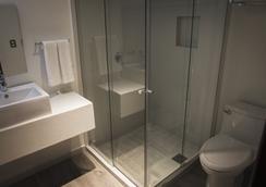 普拉迪諾博覽會酒店 - 瓜達拉哈拉 - 浴室