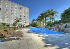 阿雷格里港德維爾總理酒店 - 阿雷格里港 - 游泳池
