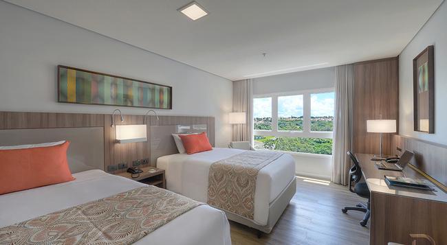 Hotel Deville Prime Campo Grande - 大坎普 - 臥室