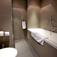 Hotel JL No76 Bathroom