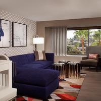 Beverly Hills Marriott Guest room