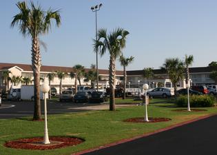 Destin Inn and Suites