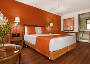 艾濟納波哥達酒店