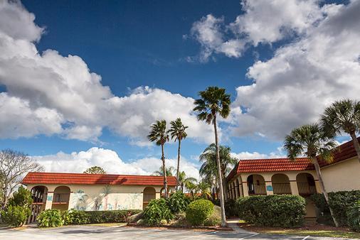 梅因蓋特湖邊度假飯店 - 基西米 - 建築