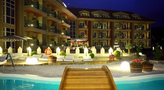 Augusta Spa Resort - 桑亨霍 - 建築