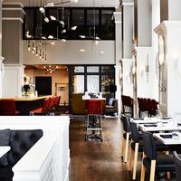 The Alise Chicago - A Staypineapple Hotel Bar/Lounge