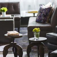 The Alise Chicago - A Staypineapple Hotel Lobby Sitting Area
