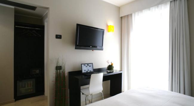 Hotel Aniene - 羅馬 - 臥室