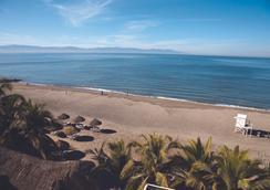 巴拉德羅別墅酒店 - Nuevo Vallarta - 海灘