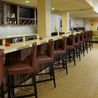 Hilton Garden Inn Roanoke Bar