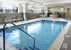 Hyatt House Denver/Lakewood at Belmar - 萊克伍德 - 游泳池