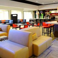 Courtyard by Marriott Dallas Plano Parkway at Preston Road Lobby