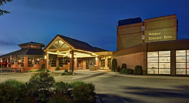 Algoma's Water Tower Inn & Suites, BW Premier Collection - Sault Ste Marie - 建築
