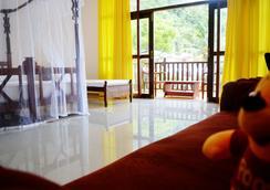 假日飯店 - Mirissa - 臥室