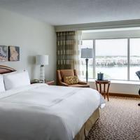 Dallas Marriott Las Colinas Guest room