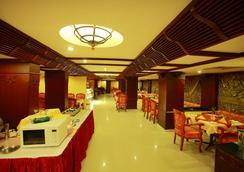韋斯特韋酒店 - 科澤科德 - 餐廳