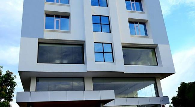 Hotel Bhargav Grand - 古瓦哈蒂 - 建築